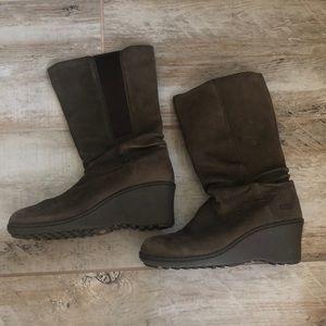 Keen wedge boot